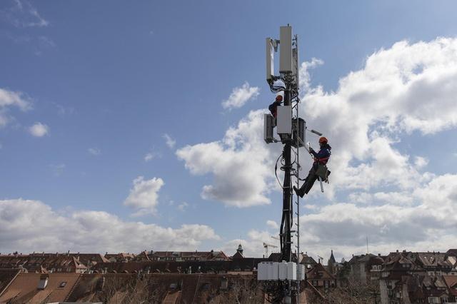 tecnico tecnici tim telecom windtre 4g 5g telefonia traliccio