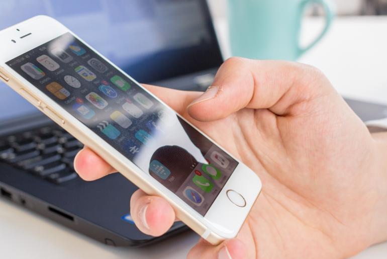 [GUIDA] Cambiare e visualizzare il Centro Messaggi SMS del vostro iPhone